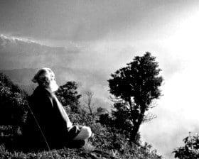 Tiziano Terzani w Himalajach (fot. www.culturaitalia.it)