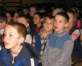 W szkole w Lotyniu, 17 kwietnia 2008 roku (fot. Andrzej Miłoszewicz)